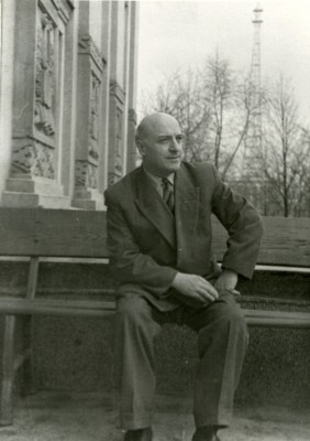 Грузинский поэт Александр Шанидзе в музее Янки Купалы, Минск, 1963 год